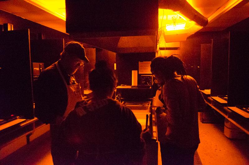 Photo (in the darkroom)