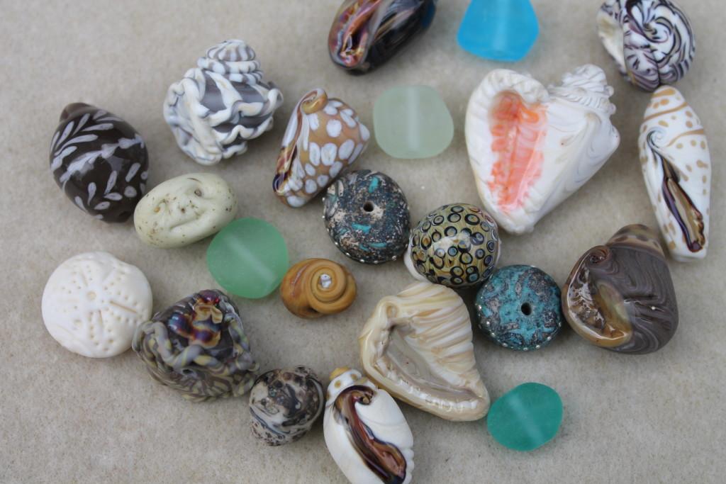 seashore beads by Linda Sacra