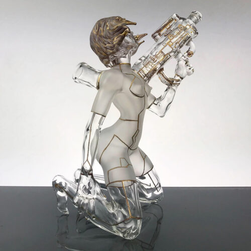 Sibelley, Motoko: Ghost in the Shell, borosilicate glass, 23k gold luster; sandblasted, coldworked, 7 x 4-1/2 x 3 inches